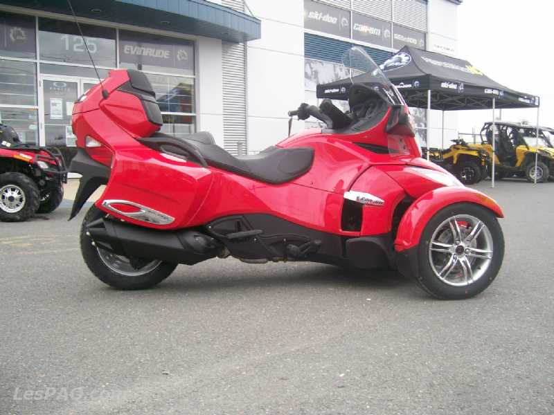 can am spyder rt s rouge se5 2011 sp c v hicules motos tout terrains. Black Bedroom Furniture Sets. Home Design Ideas
